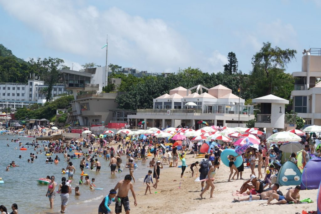 剛過去的6月由於覆蓋華南的副熱帶高壓脊較正常強,本港天氣遠較正常熱。﹝資料圖片/高仲明攝﹞
